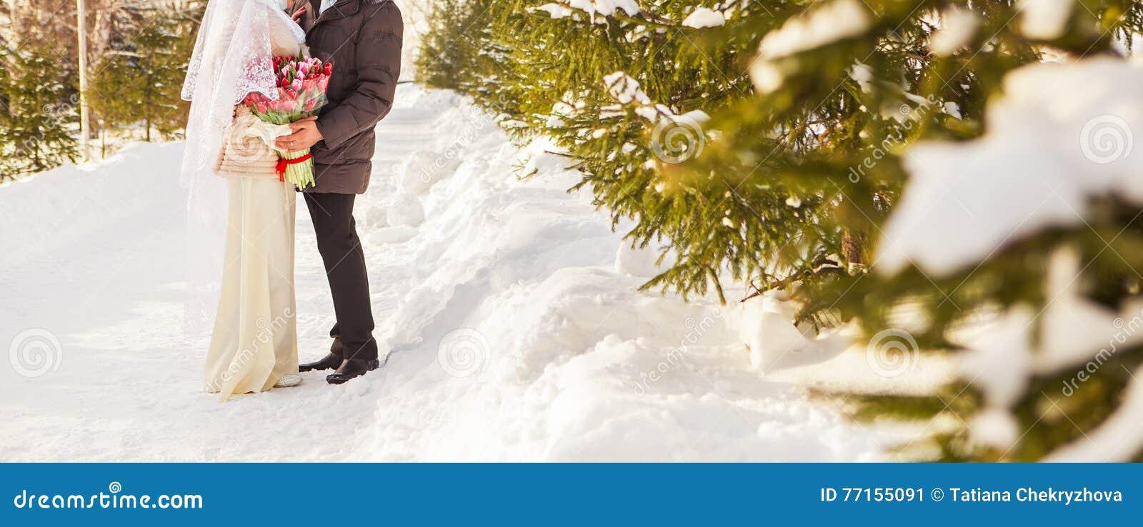Juste couples musulmans mariés en nature d hiver