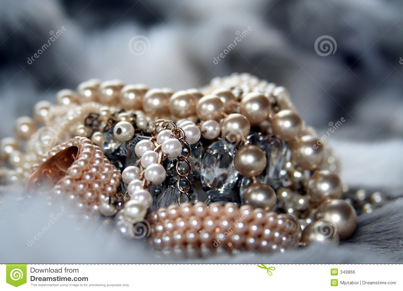 Juwelen op bont