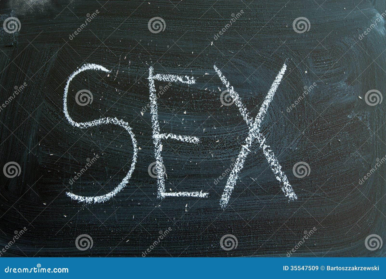Könsbestämma skriftligt i krita på en svart tavla