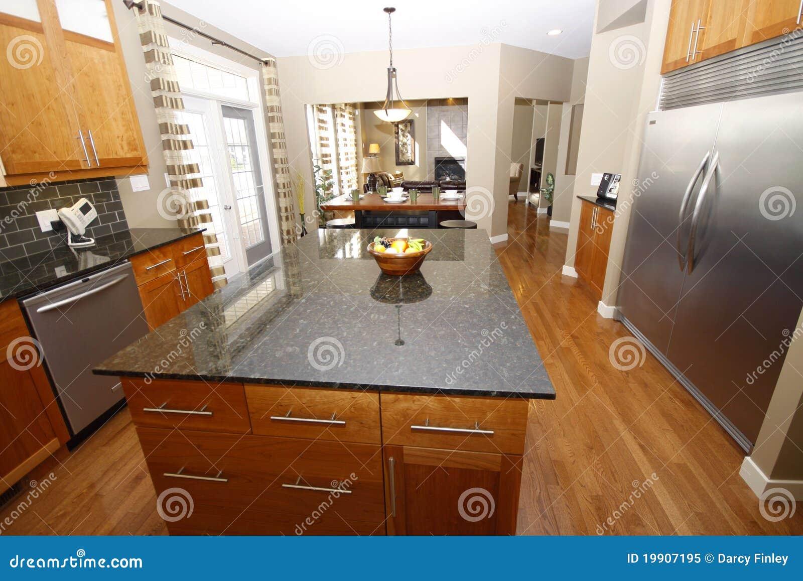 Küche stockbild. Bild von modern, lampe, küche, oberseite ...