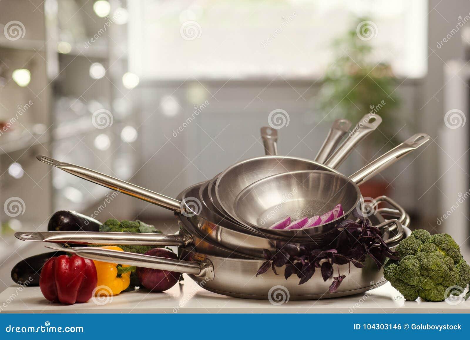 Küchengerätshop-Anzeigenkochen