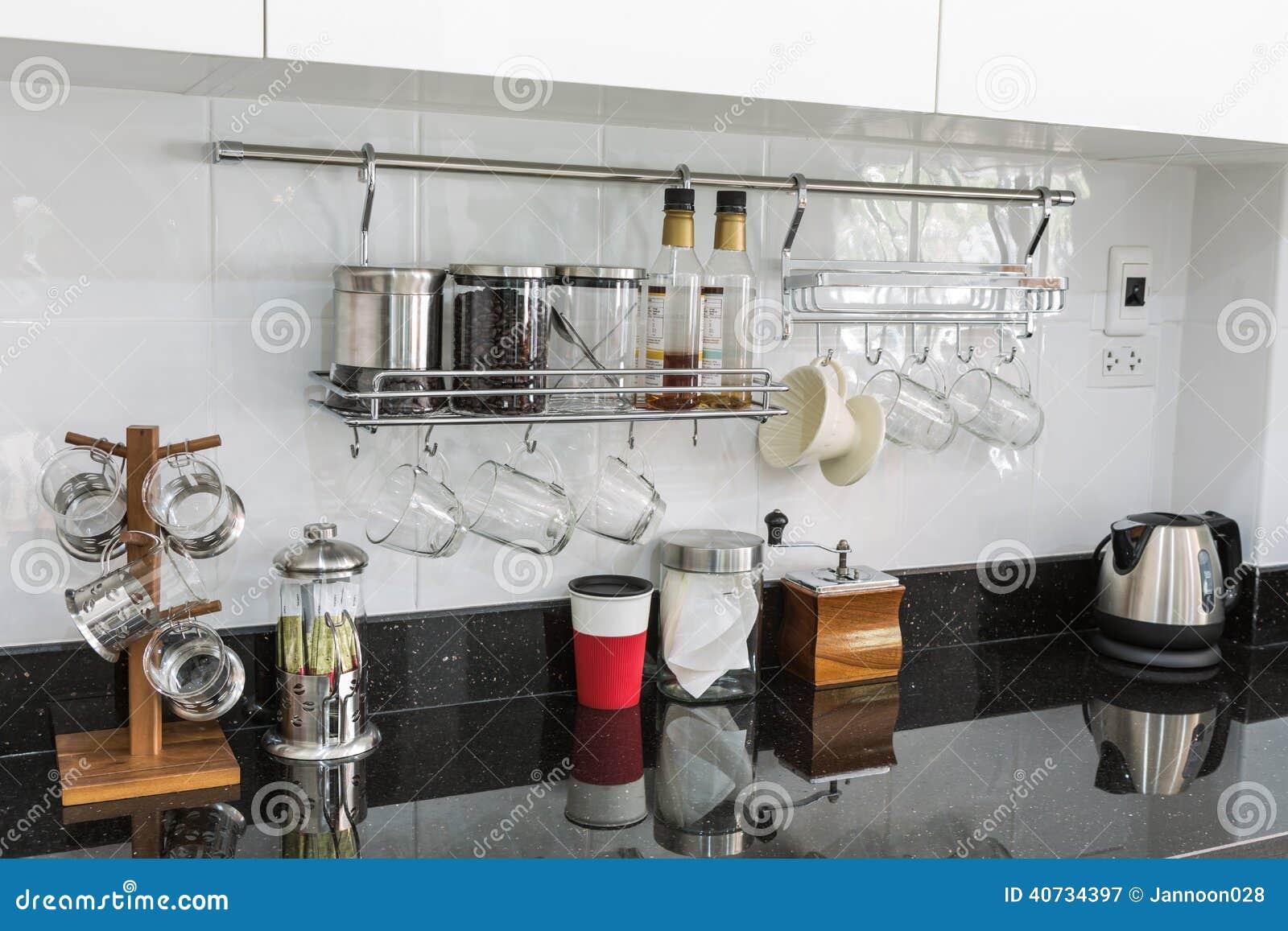 Kuchenschranke Mit Kaffeeecke Im Modernen Haus Stockbild Bild Von