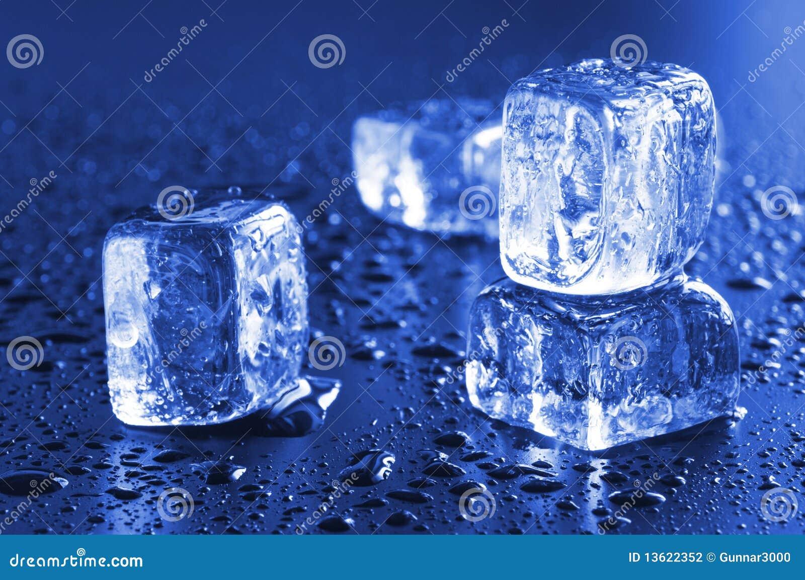 Kühle Eiswürfel