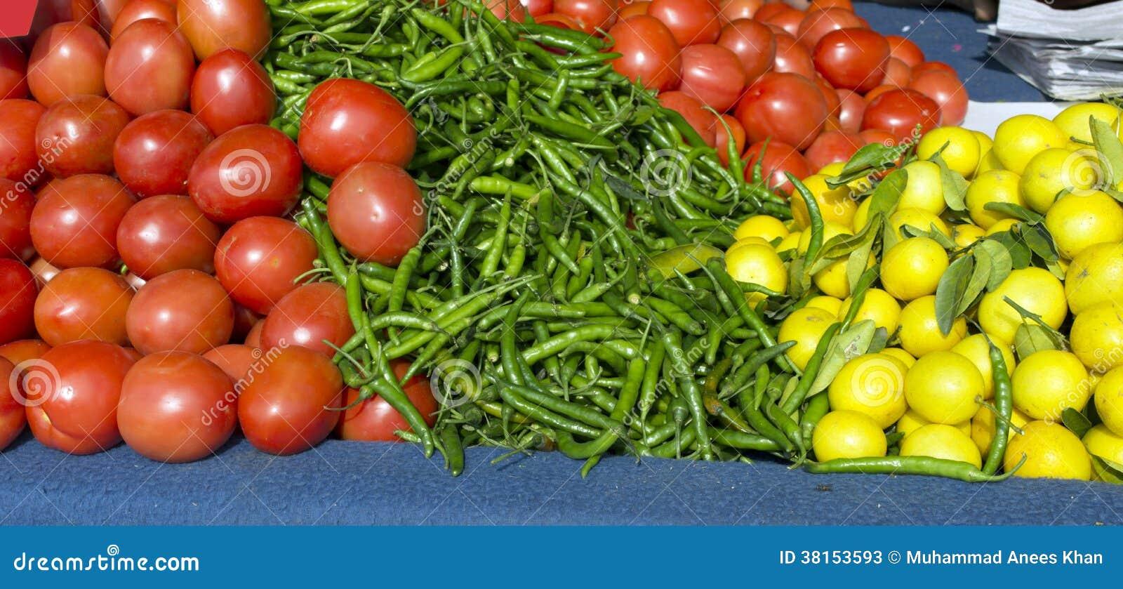 Kühler Zitronenspeicher der Tomate