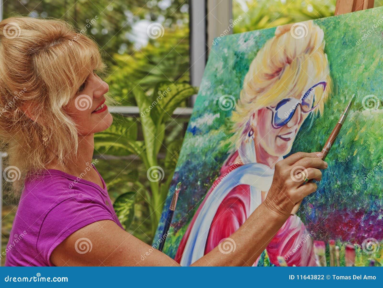 Künstler Der Ein Selbstportrait Malt Stockfoto Bild Von Lächeln