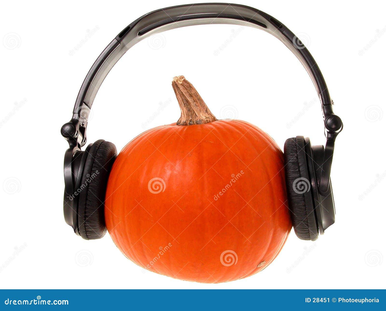Kürbis-Kopf mit Kopfhörern (1 von 2)