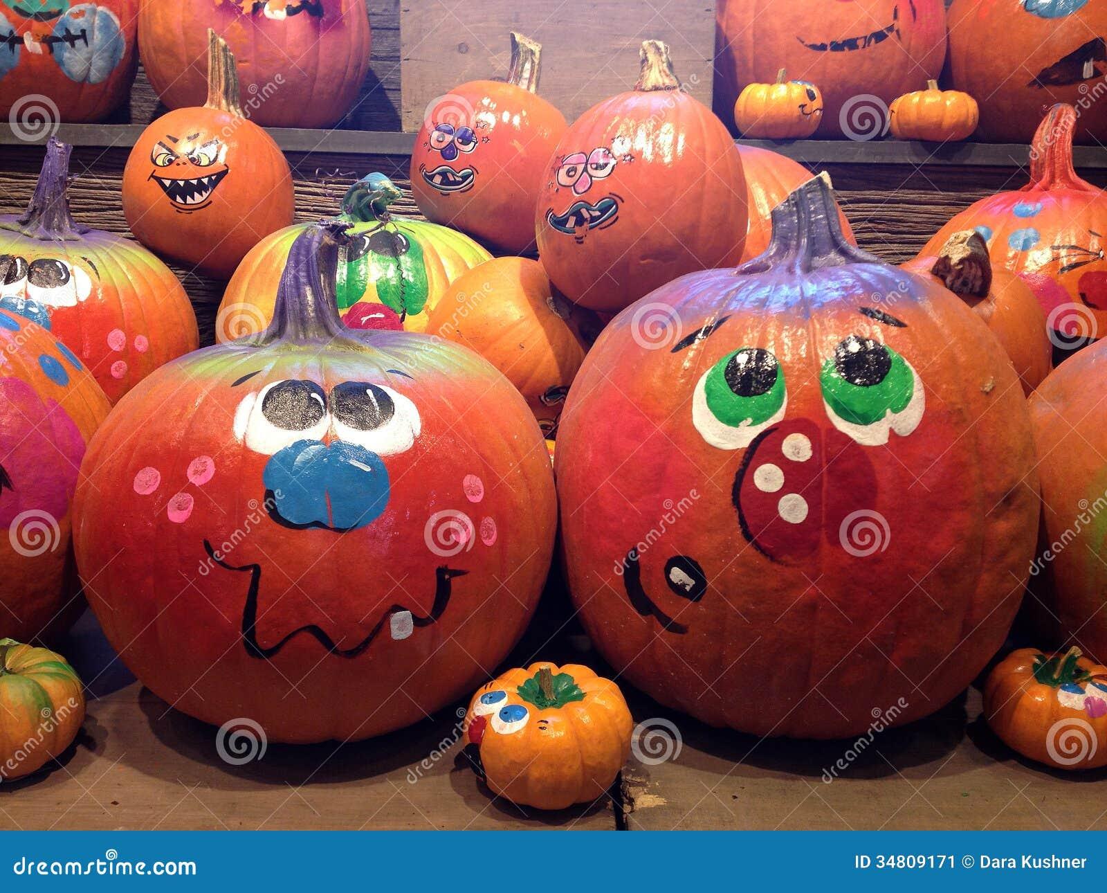 kürbise gemalt für halloween stockbild  bild von kürbise