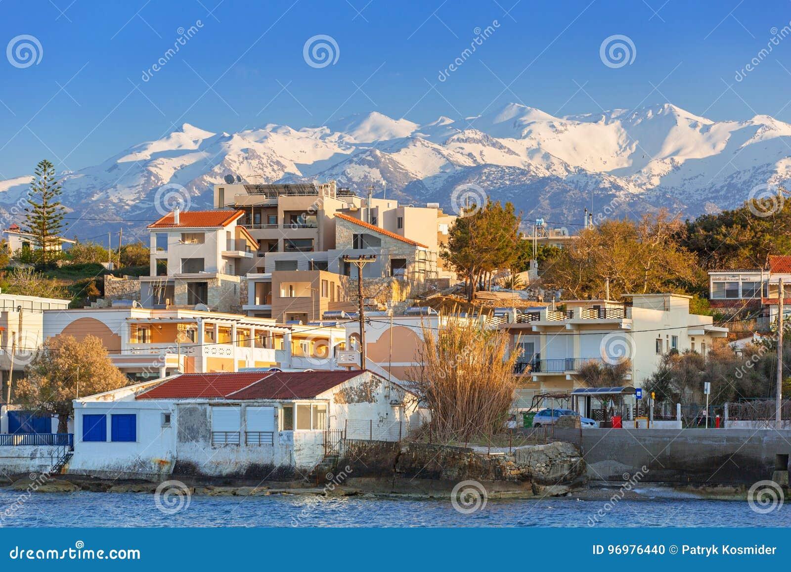 Küstenlinie von Kato Galatas-Stadt auf Kreta