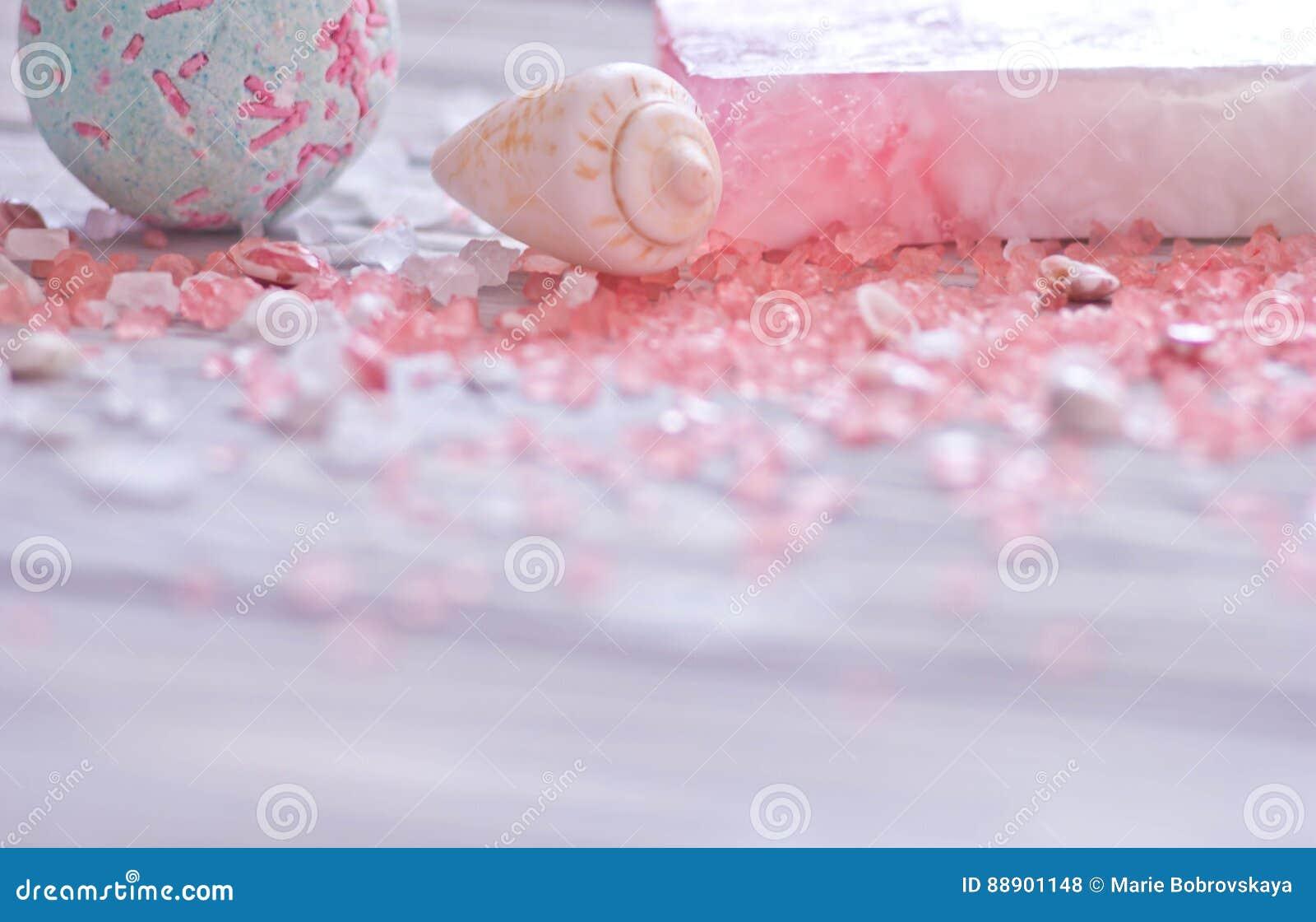 Kąpielowa bomba, seashells, handmade mydło bar i menchia zdroju sól dla ciała, dbamy Miękka ostrość na przedpolu