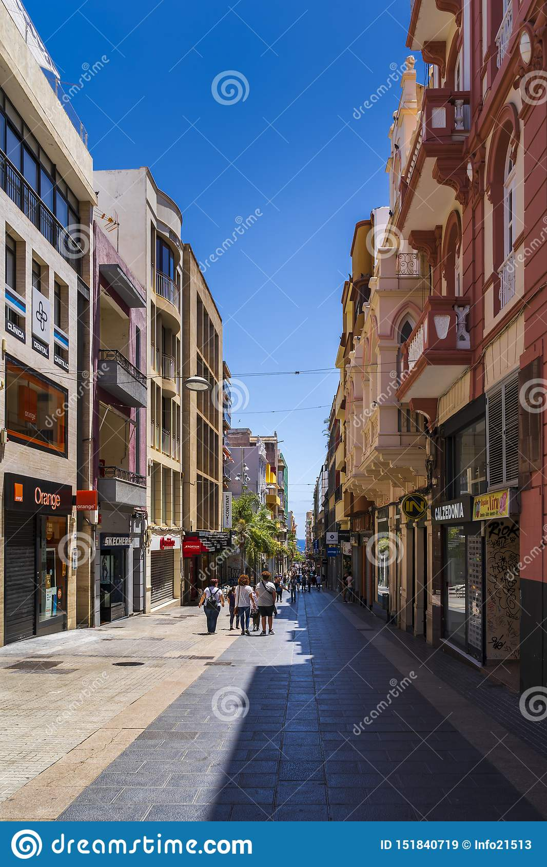 Kąt Castillio Street/Robayna ulica w Santa Cruz de Tenerife