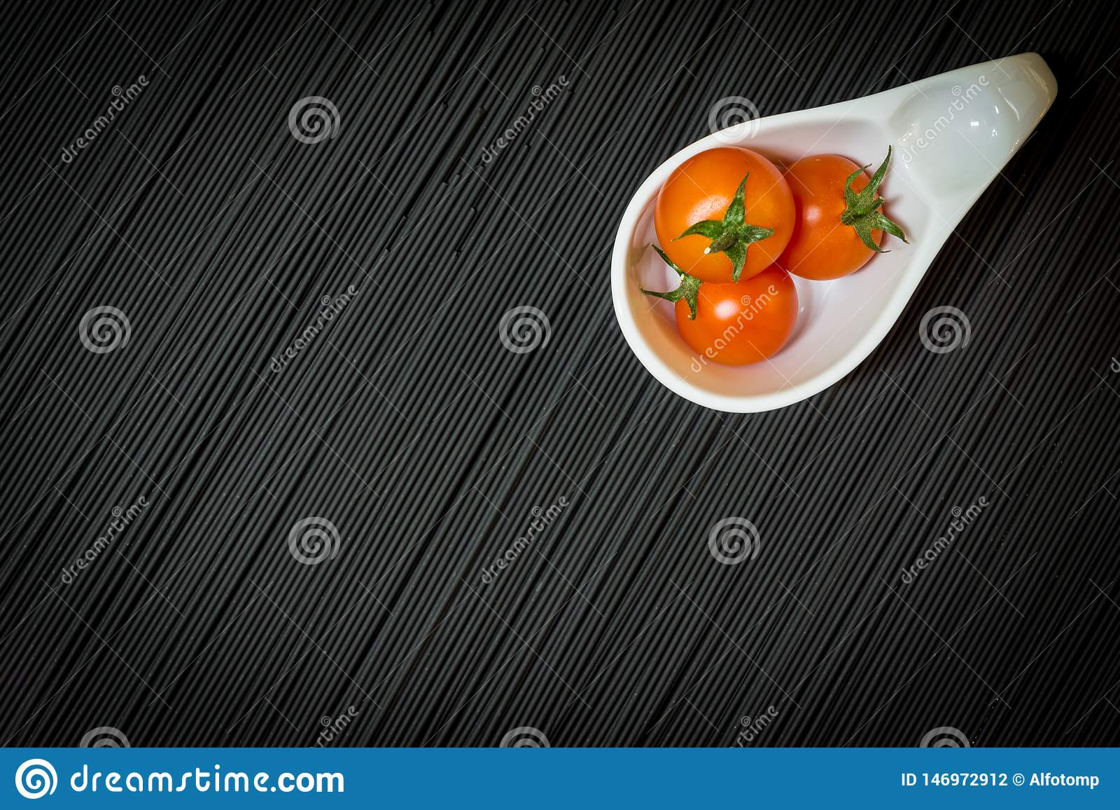 K?rsb?rsr?da tomater