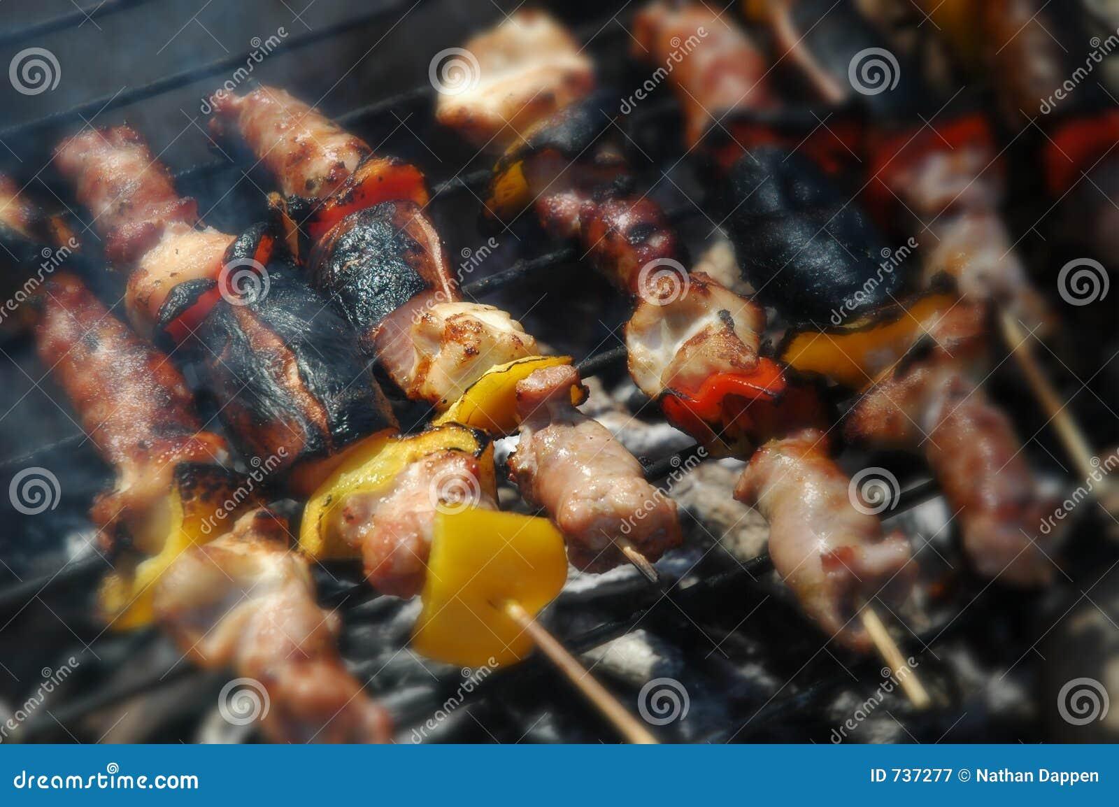 Kababs de Shish sur la plage