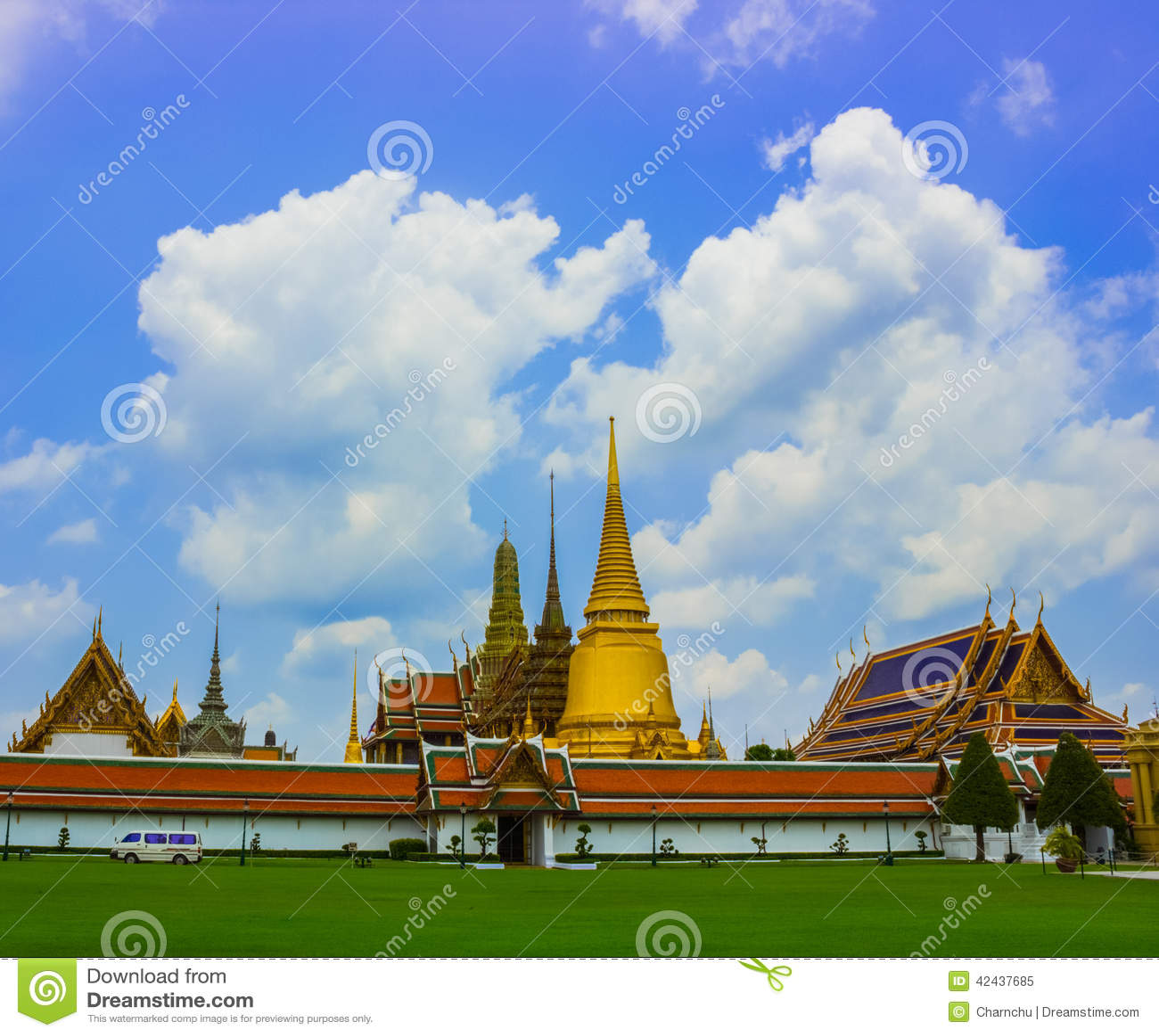Kaew magnífico del phra del palacio y del templo