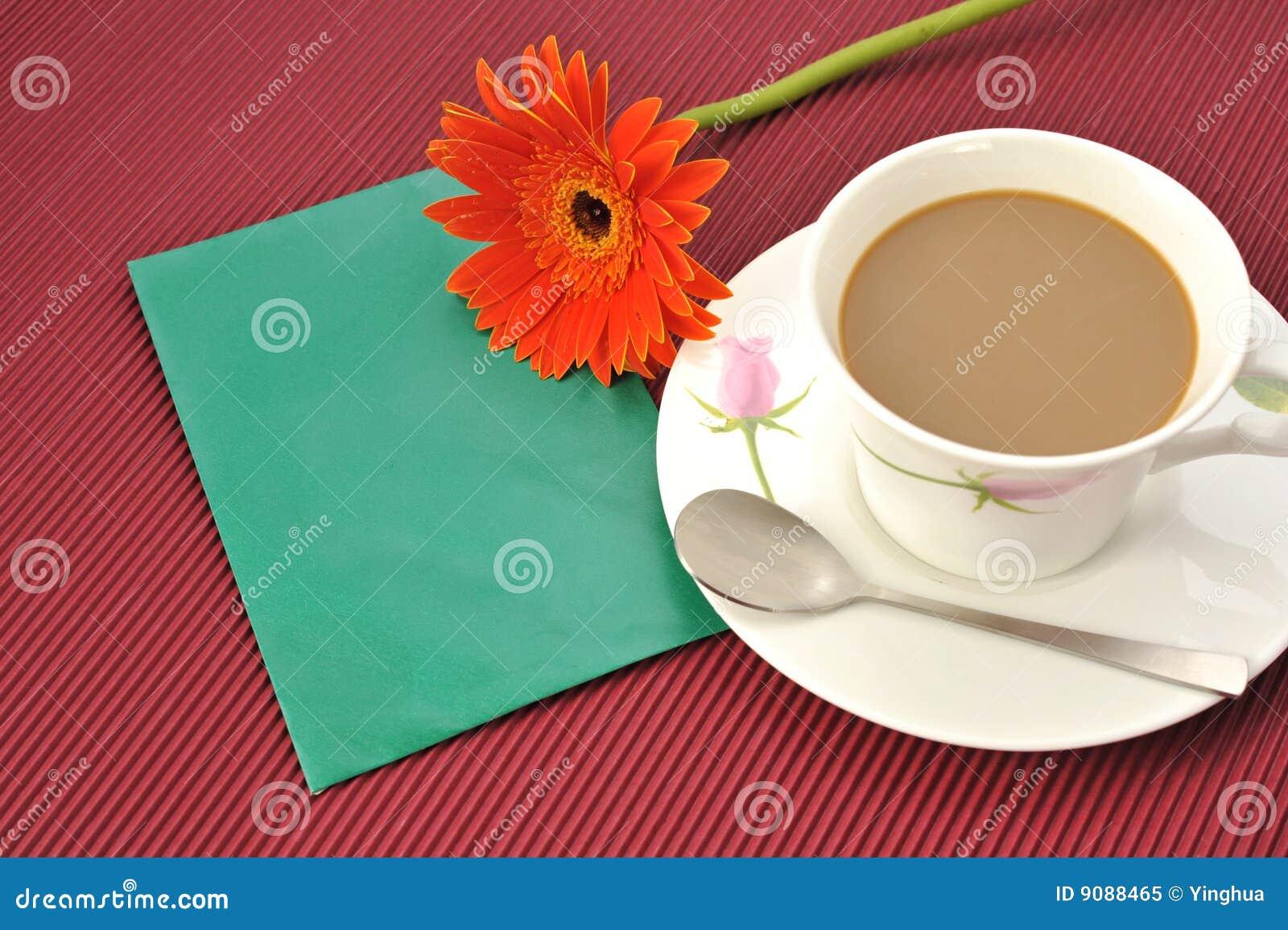 Kaffeeblumenumschlag