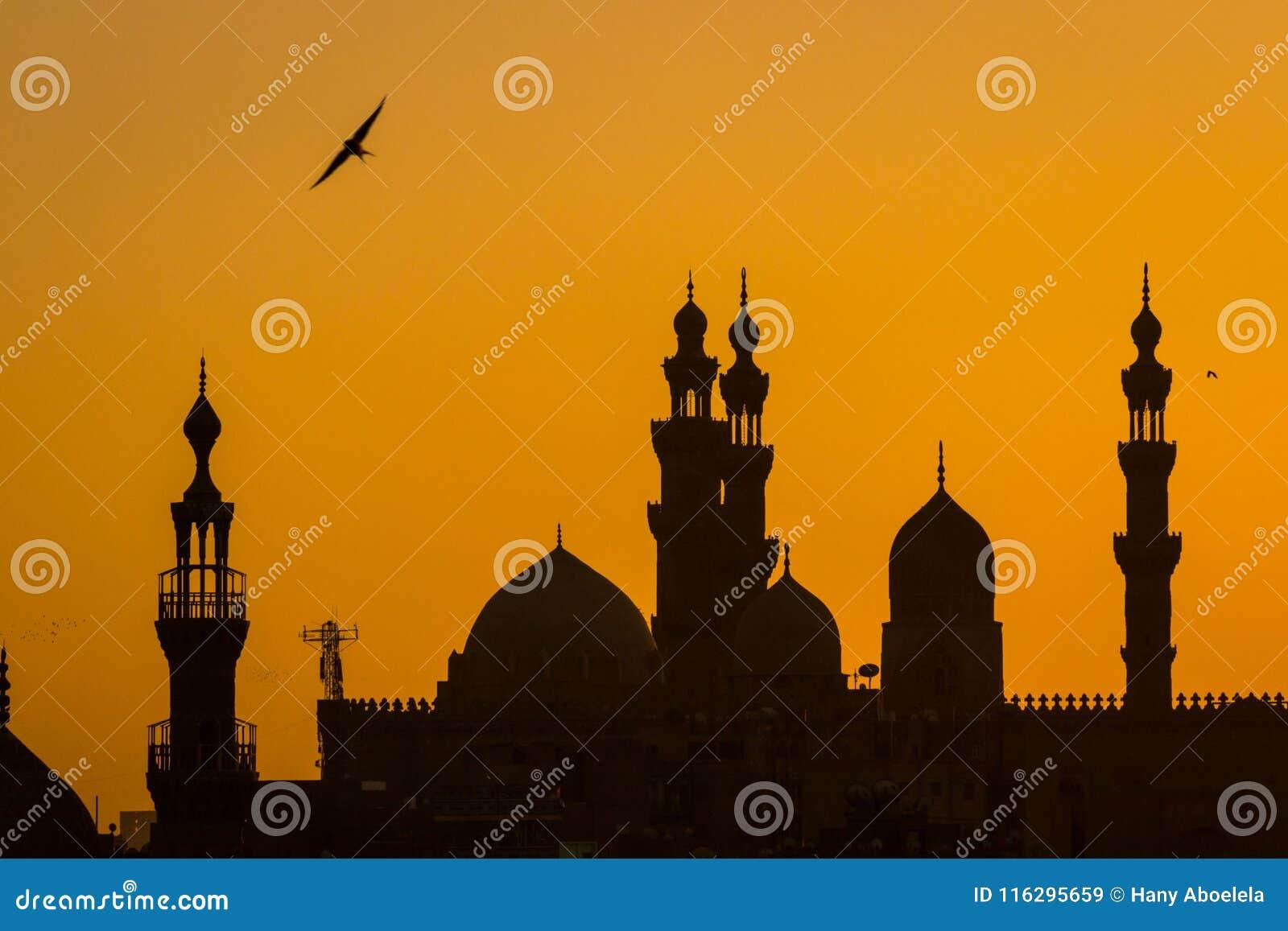 Kair Starzy meczety przy zmierzchem
