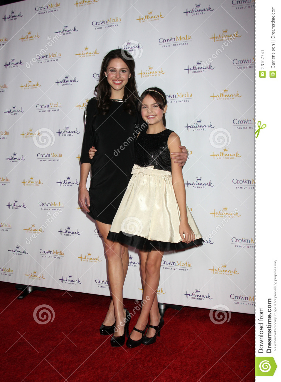 Photo of Bailee Madison & her Sister  Kaitlin Riley