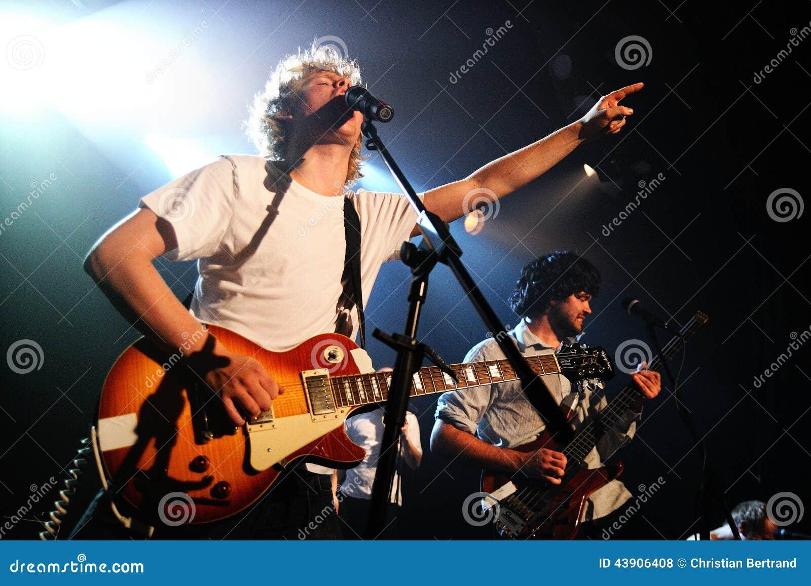 Alternative Rock Group 12