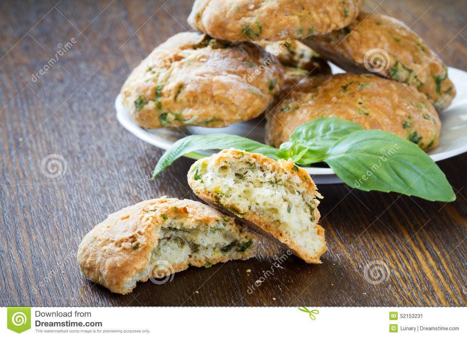 Kakor med basilika och parmesan
