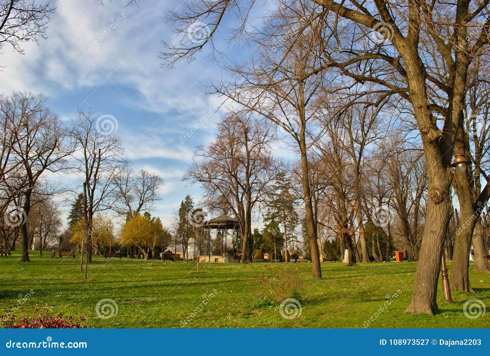 Kalemegdan, Belgrado, Serbia - una scena in molla in anticipo