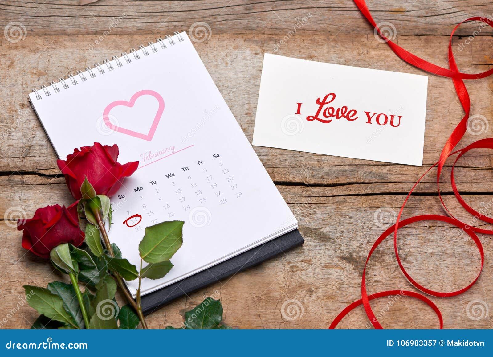 Kalendarzowy seans daktylowy 14th Luty Rewolucjonistki róża, serca i