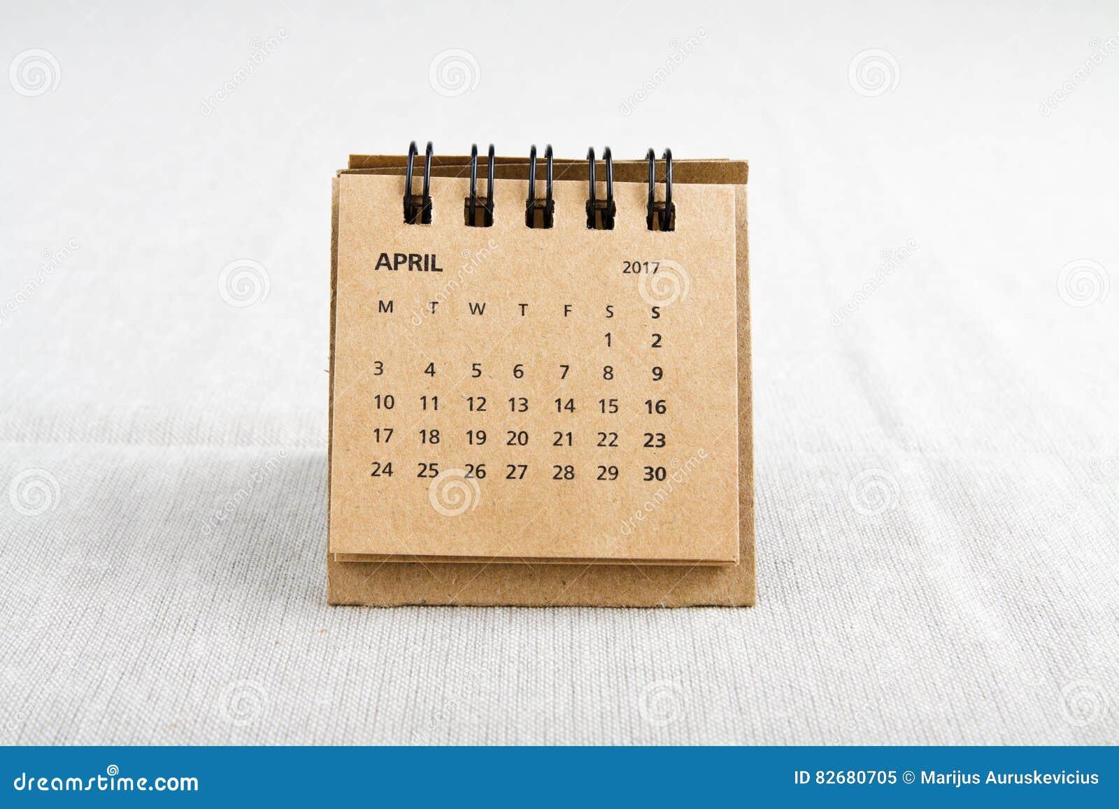 _ Kalendern täcker