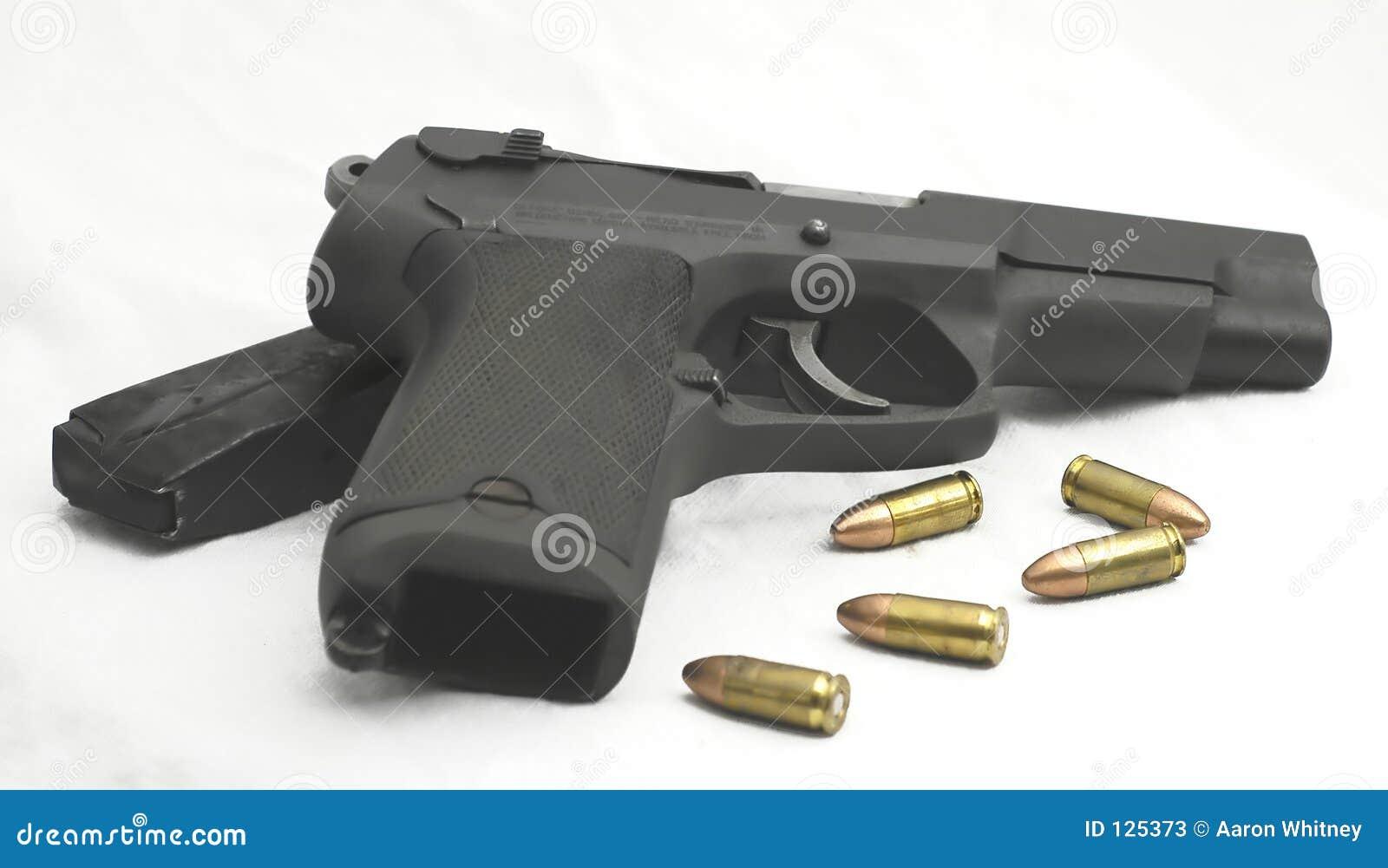 Kaliber 9 mm,