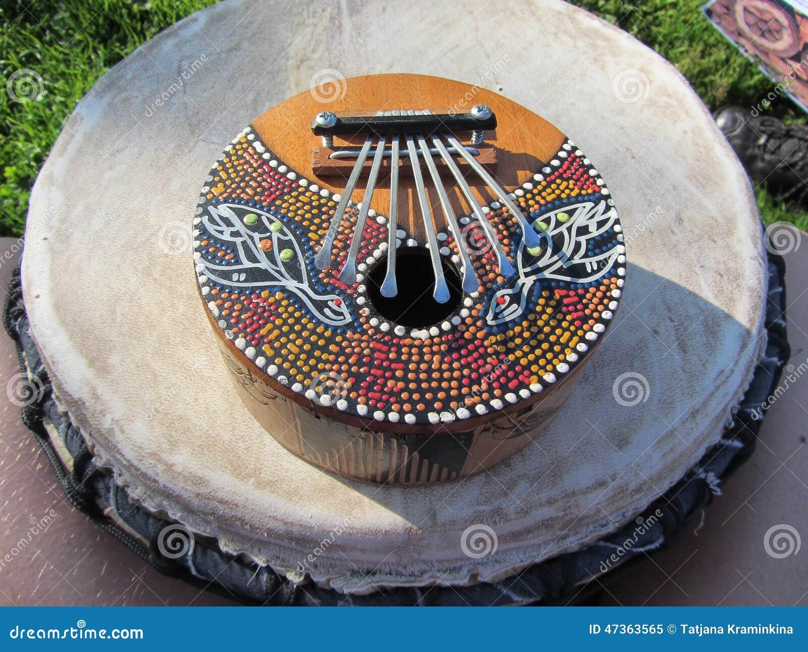 Kalimba africain traditionnel d instrument de musique