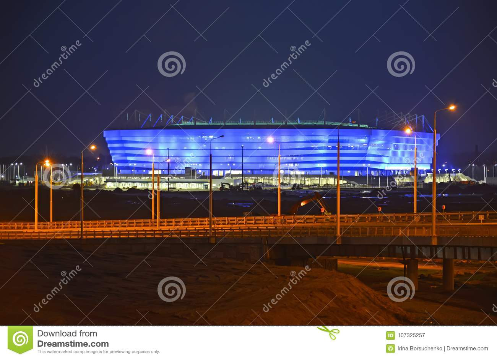 Kaliningrad, Russie Illumination de soirée de stade baltique d arène pour tenir des jeux de la coupe du monde de la FIFA de 2018