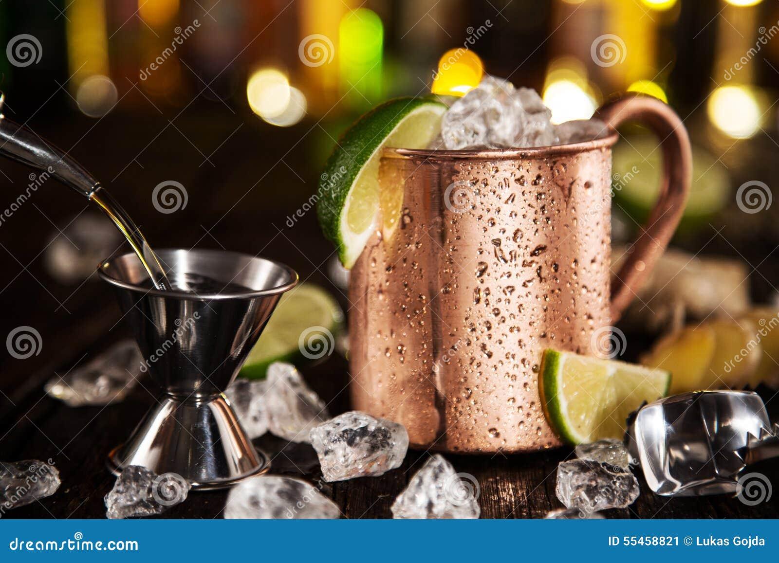 Kall Moskvamula - Ginger Beer, limefrukt och vodka