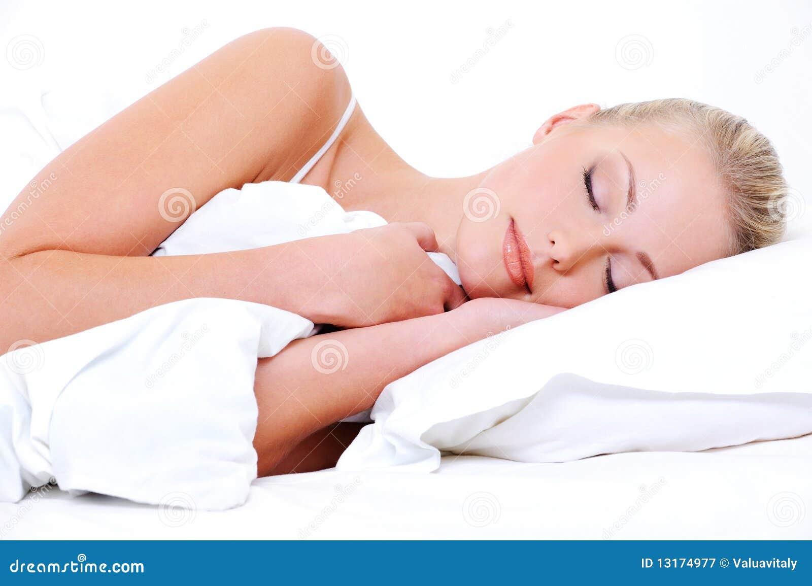 Kalm gezicht van een slaapvrouw