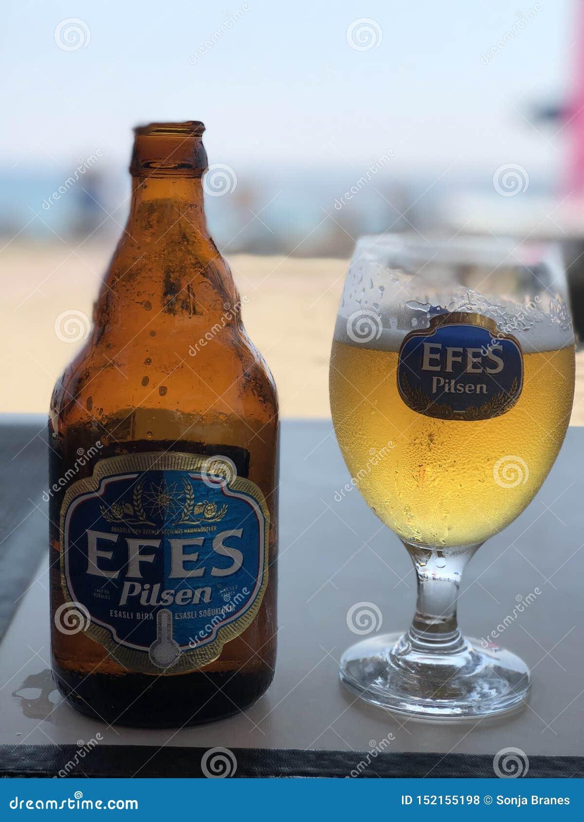 Kaltes Bier am Strand