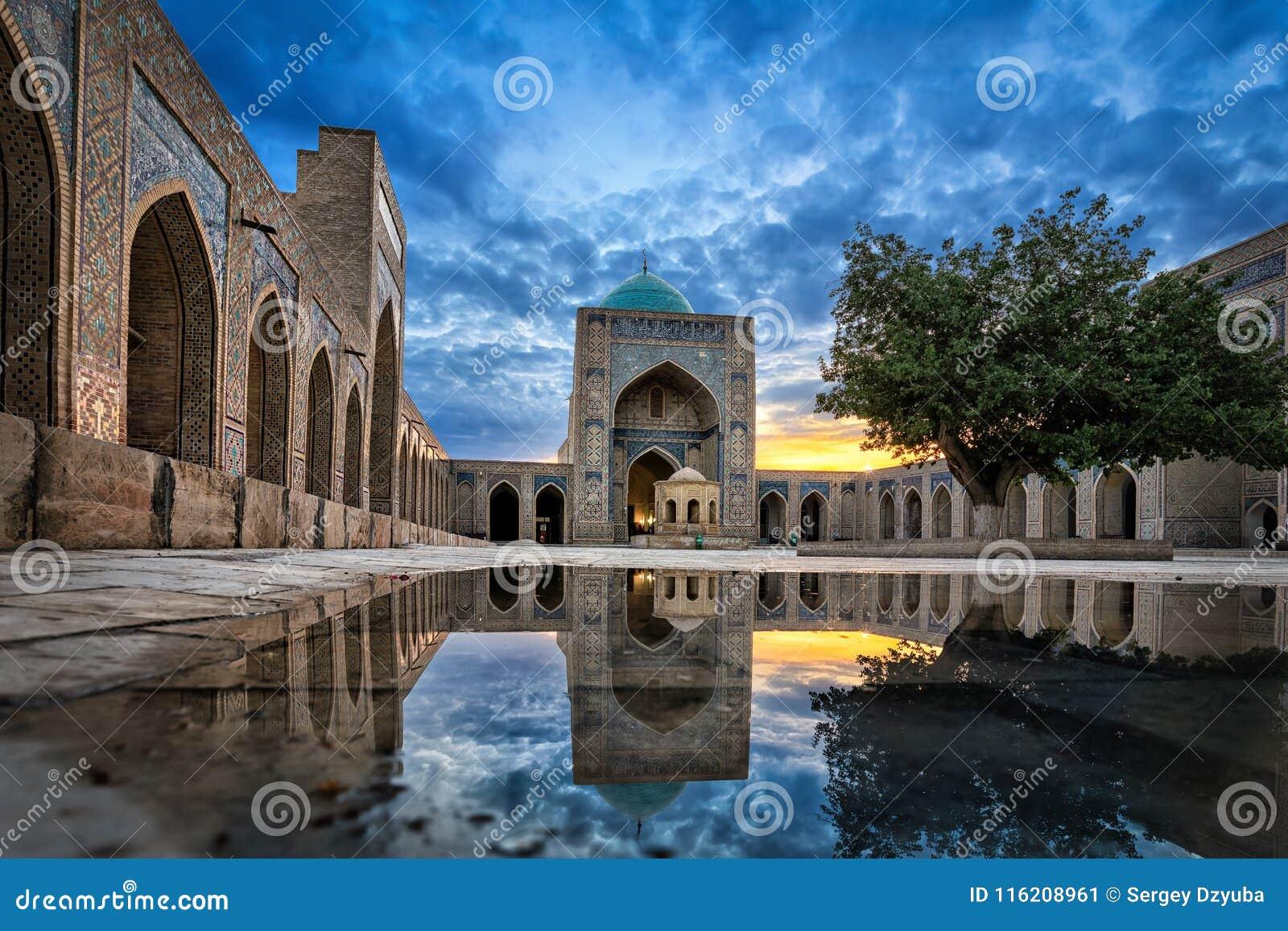 Kalyan Mosque en Bukhara, Uzbekistán