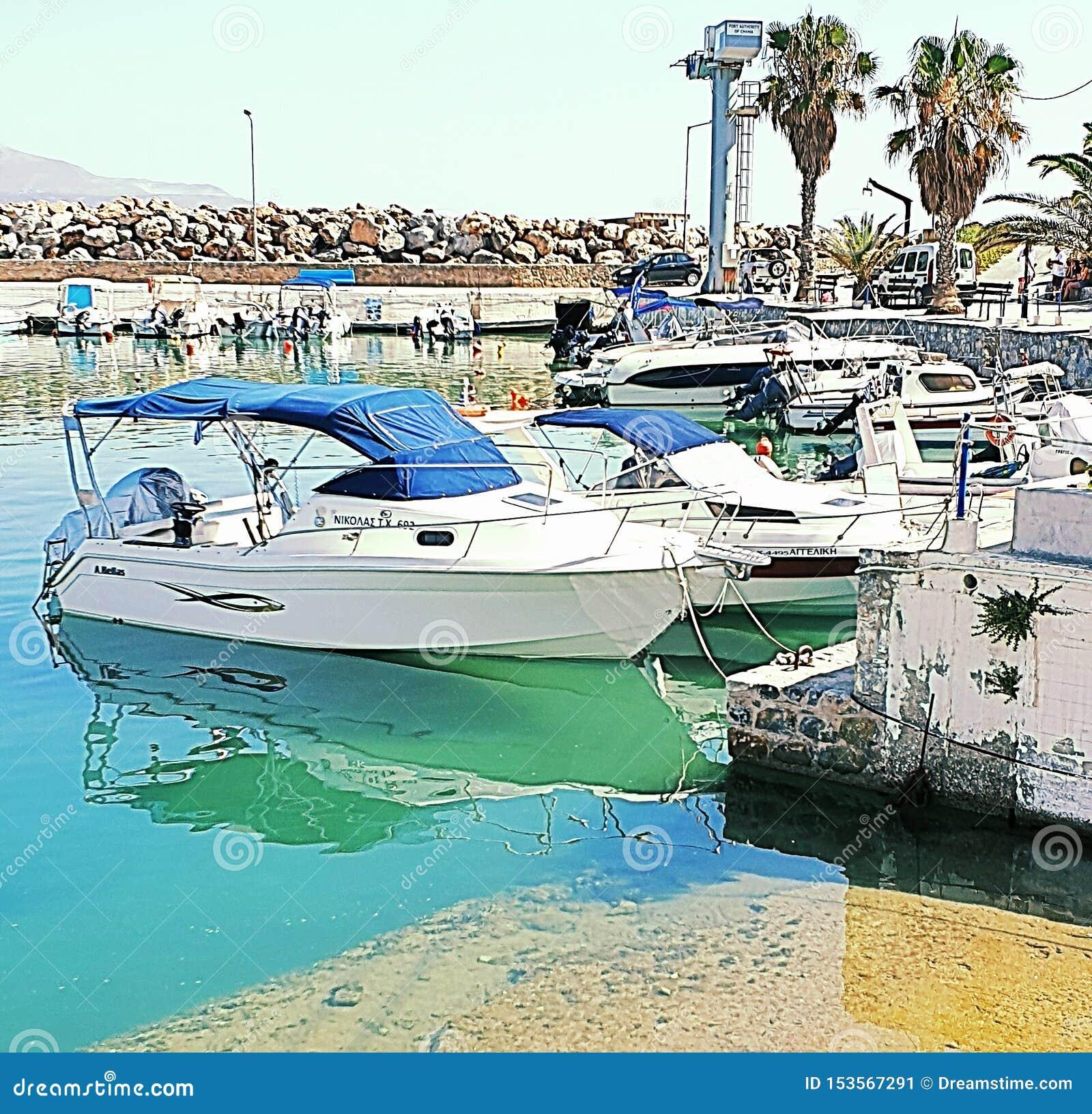 Kalyves-Hafen