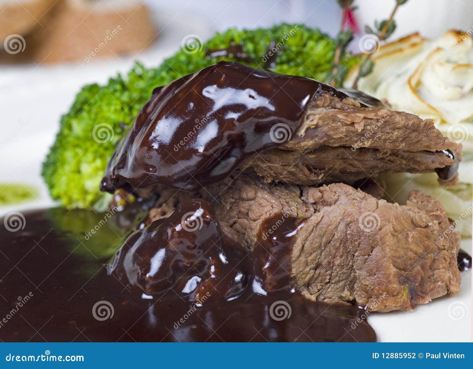 Kamelsteak in der Schokoladensoße à la carte