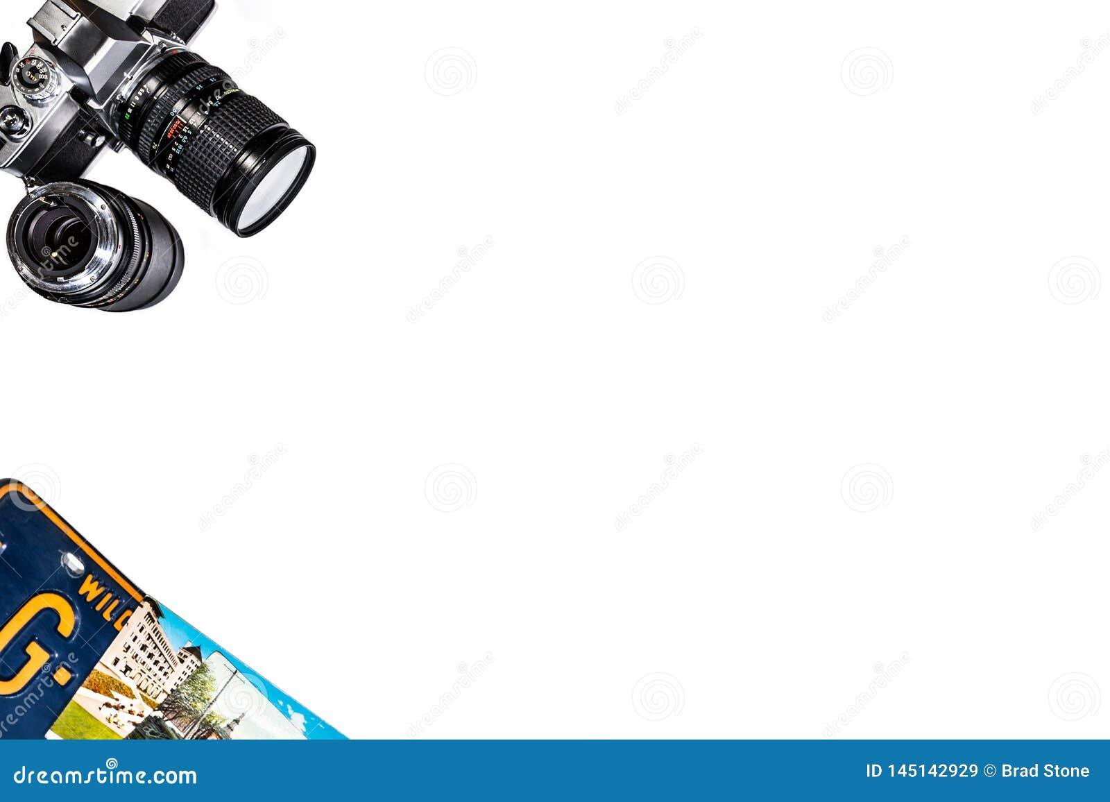 Kameraregistreringsskyltbakgrund på vit