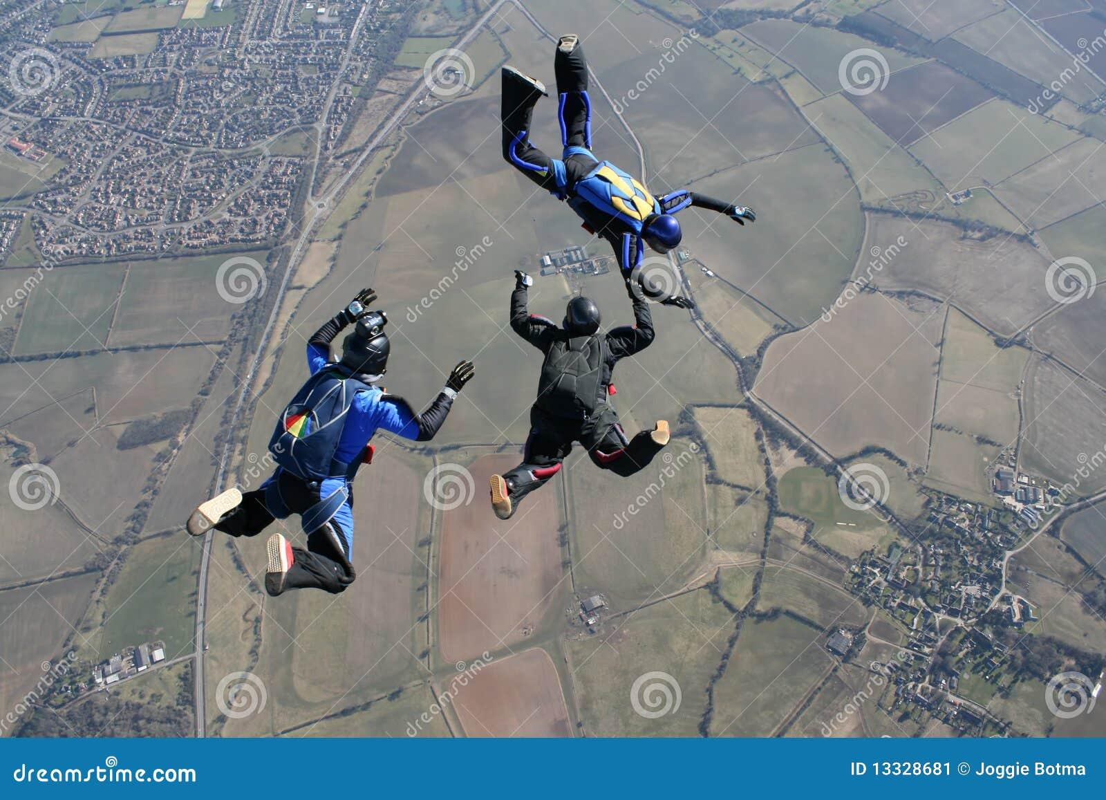 Kamery ekranizaci mężczyzna skydivers