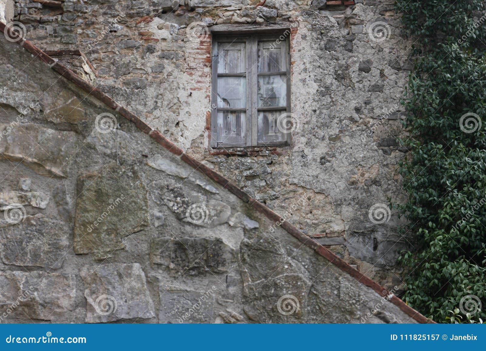 Kamienny dom wiejski