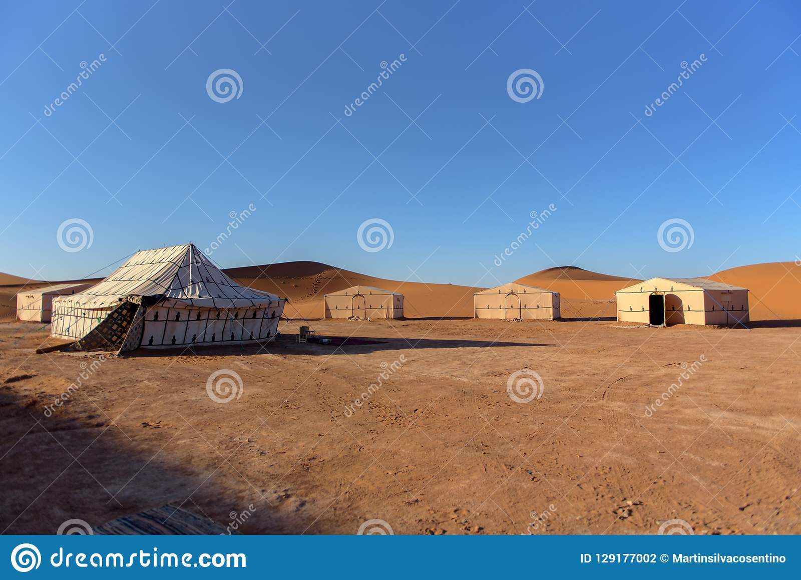 Kamp in de oase, Erg Gegaga, Morroco