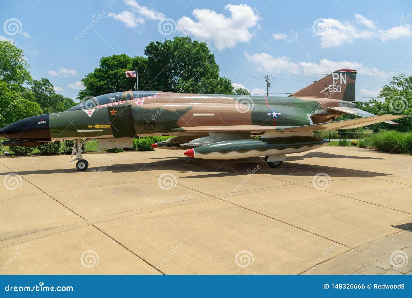 Kampfflugzeug McDonnell Douglass F4-D Phantom-II