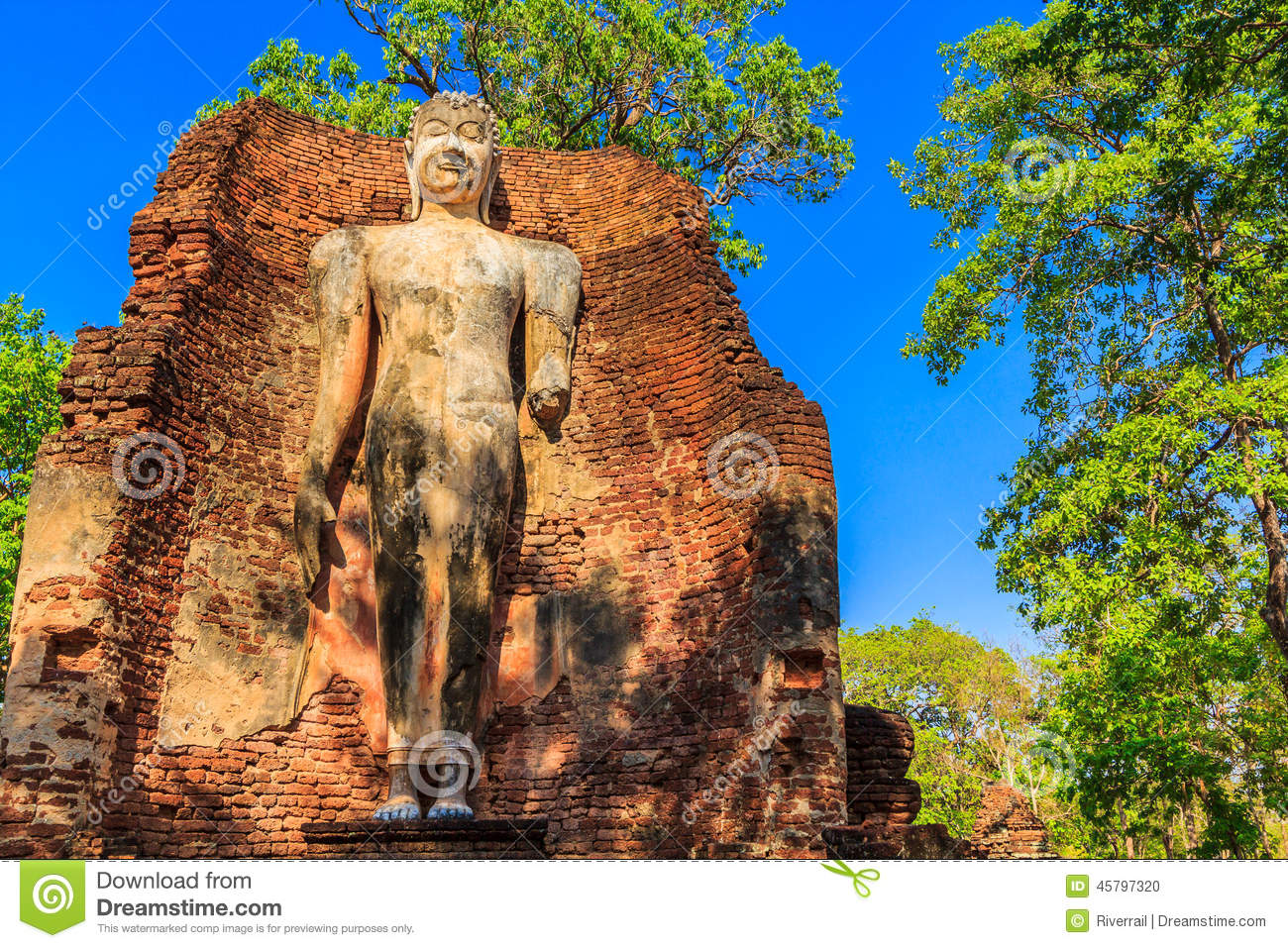 Kamphaengphet Thailand  city pictures gallery : Kamphaeng Phet Historical Park in Kamphaengphet province of Thailand.