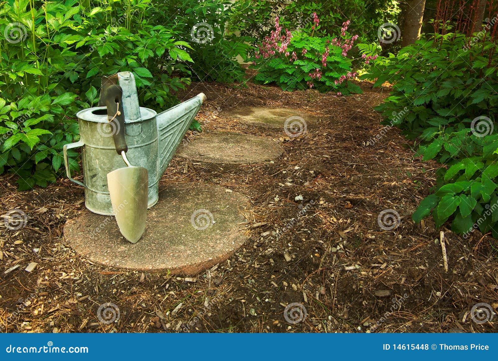 Kan arbeta i trädgården gammalt bevattna för trowel