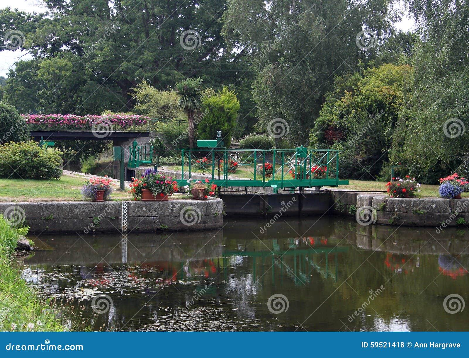 Kanałowy kędziorek na Nantes Brest kanał