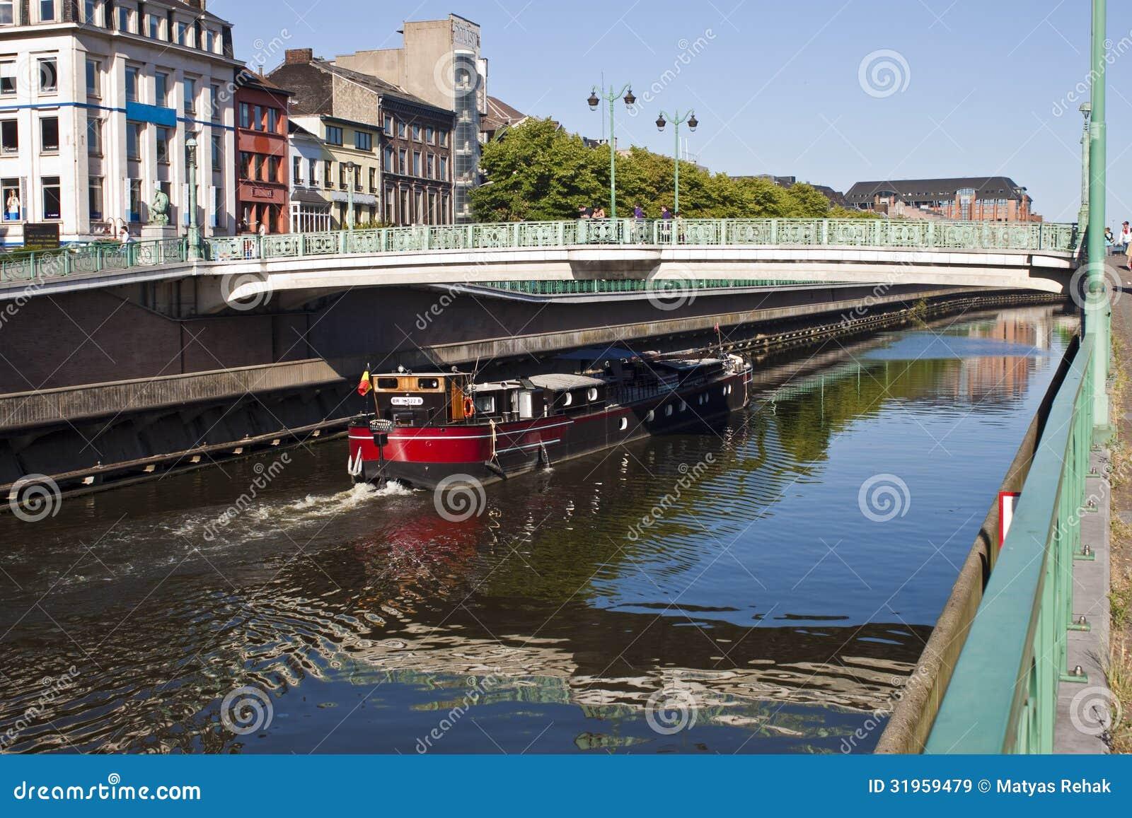 Kanaal Charleroi-Brussel