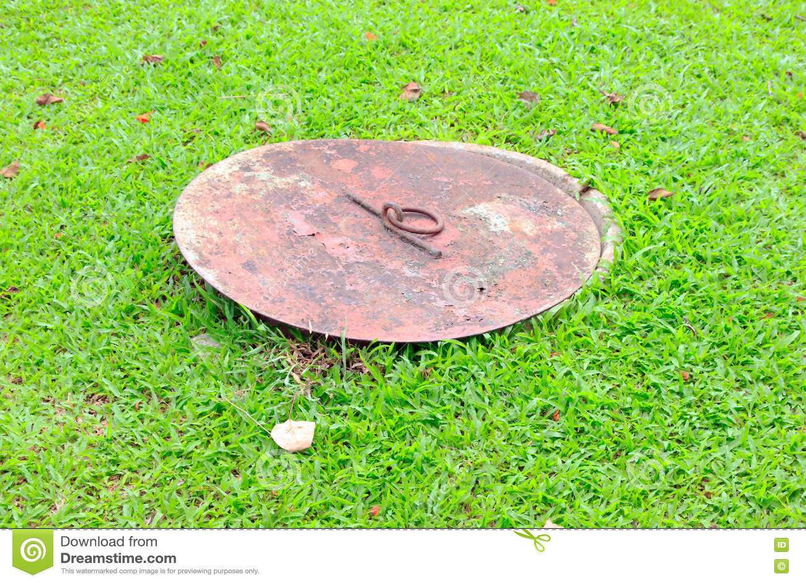 Kanaldeckel stockbild. Bild von straße, exemplar, granit ...