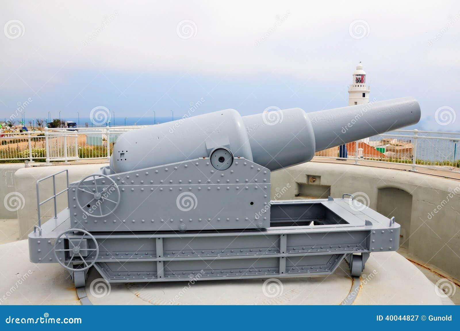 Kanone am Europa-Punkt