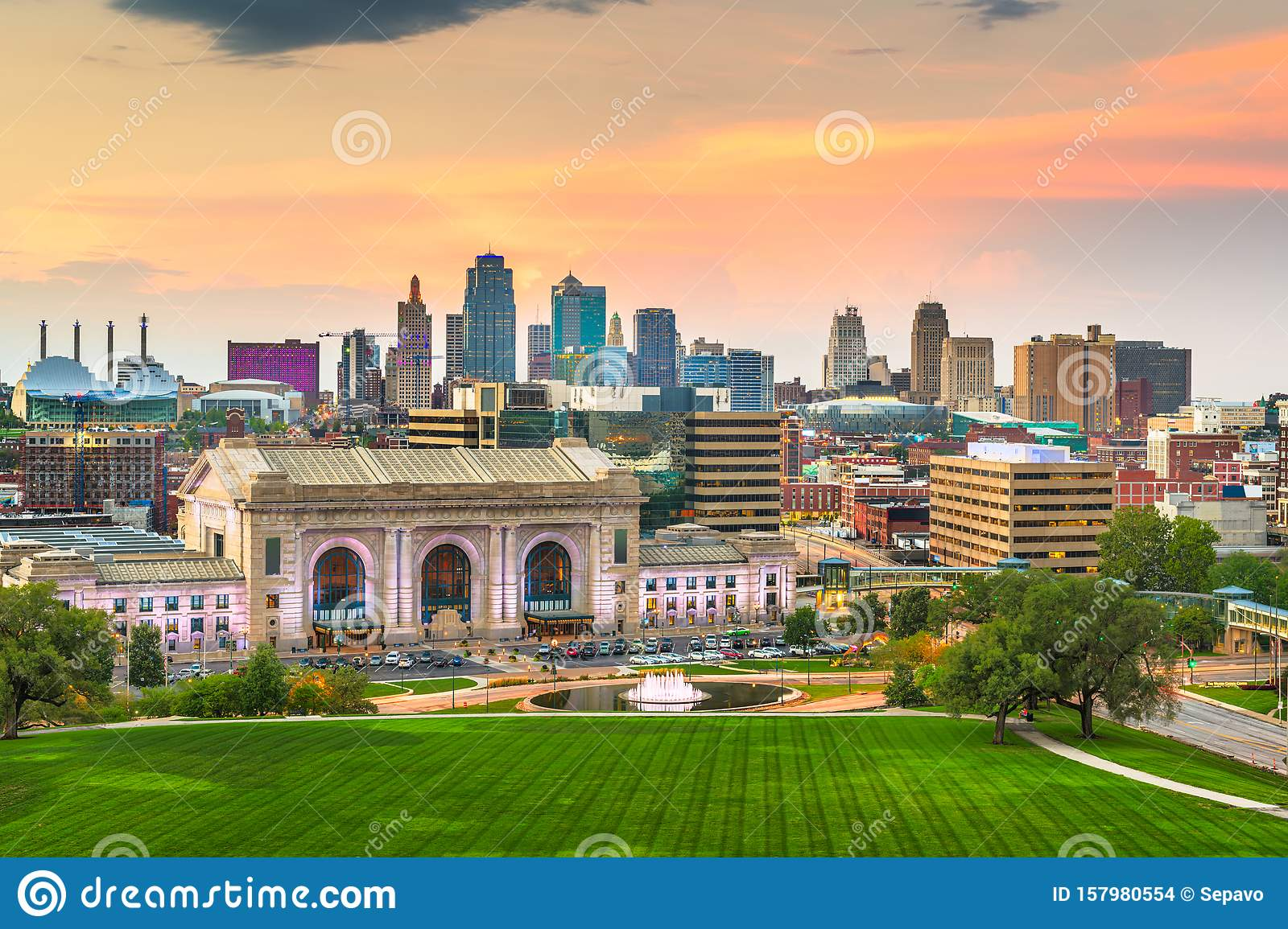 Kansas City, Missouri, USA Downtown Skyline Stock Photo ...