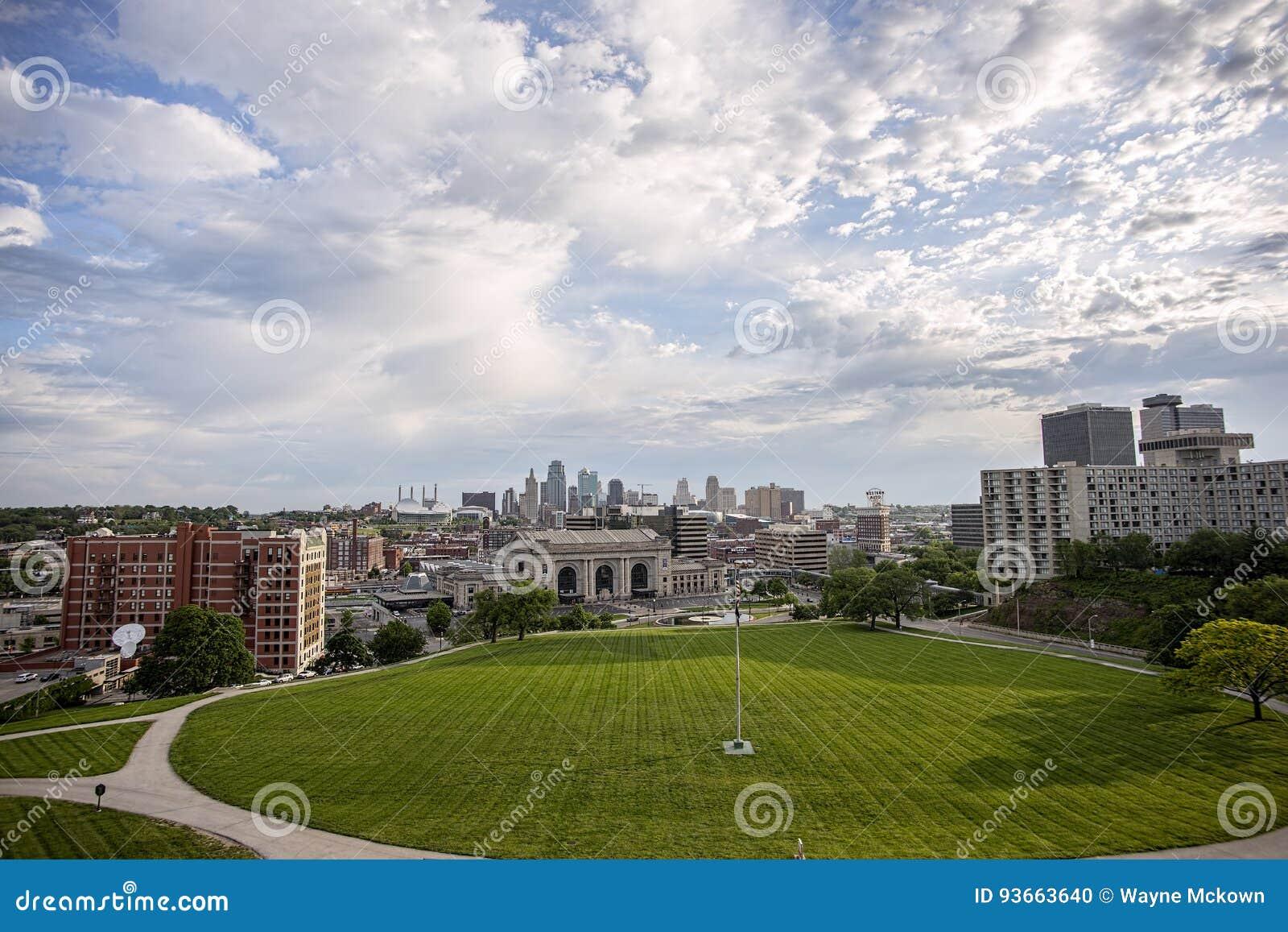 Kansas miasta Missouri linia horyzontu, zjednoczenie stacja, budynki,