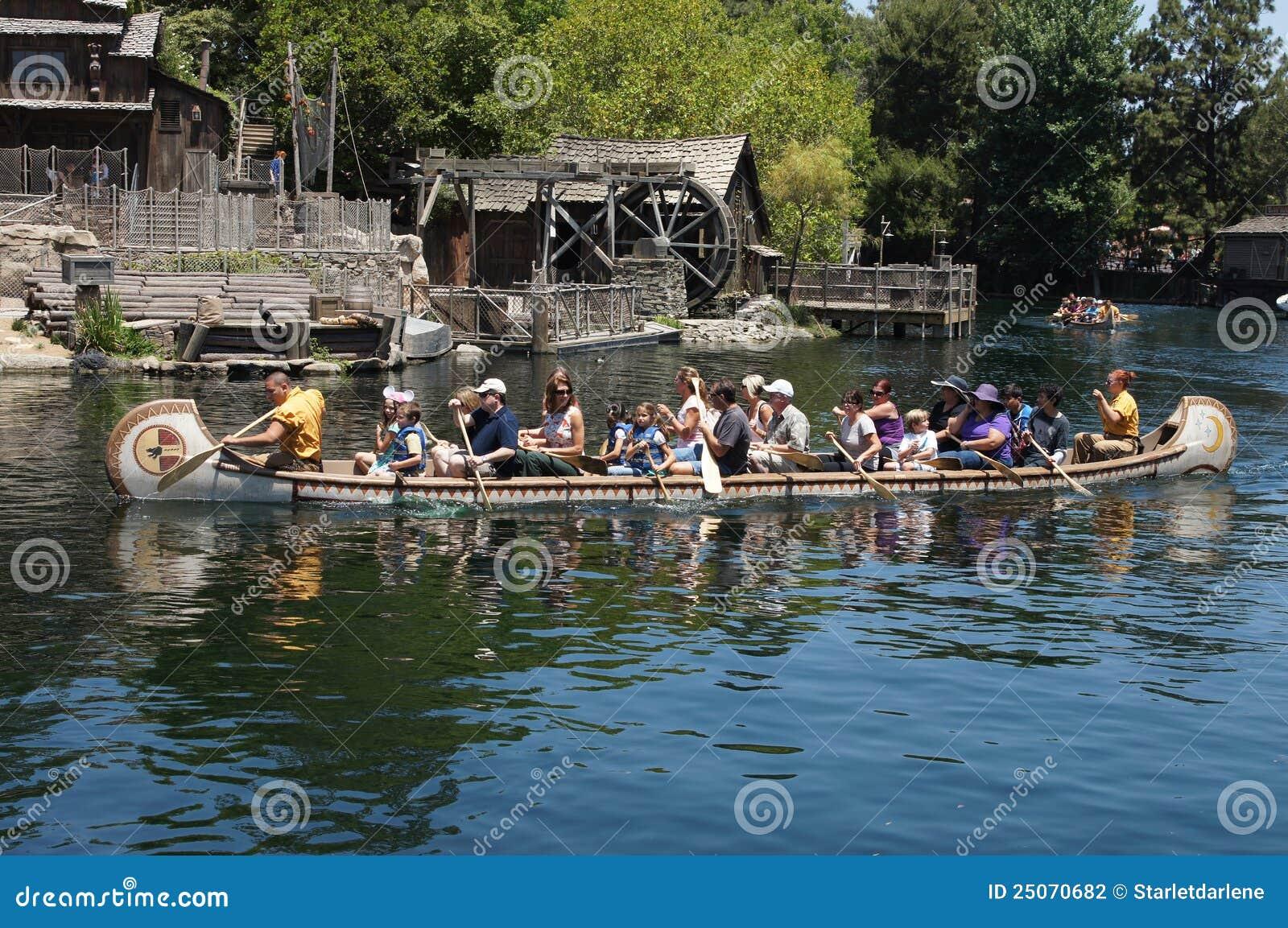Kanu-Fahrt Disneyland