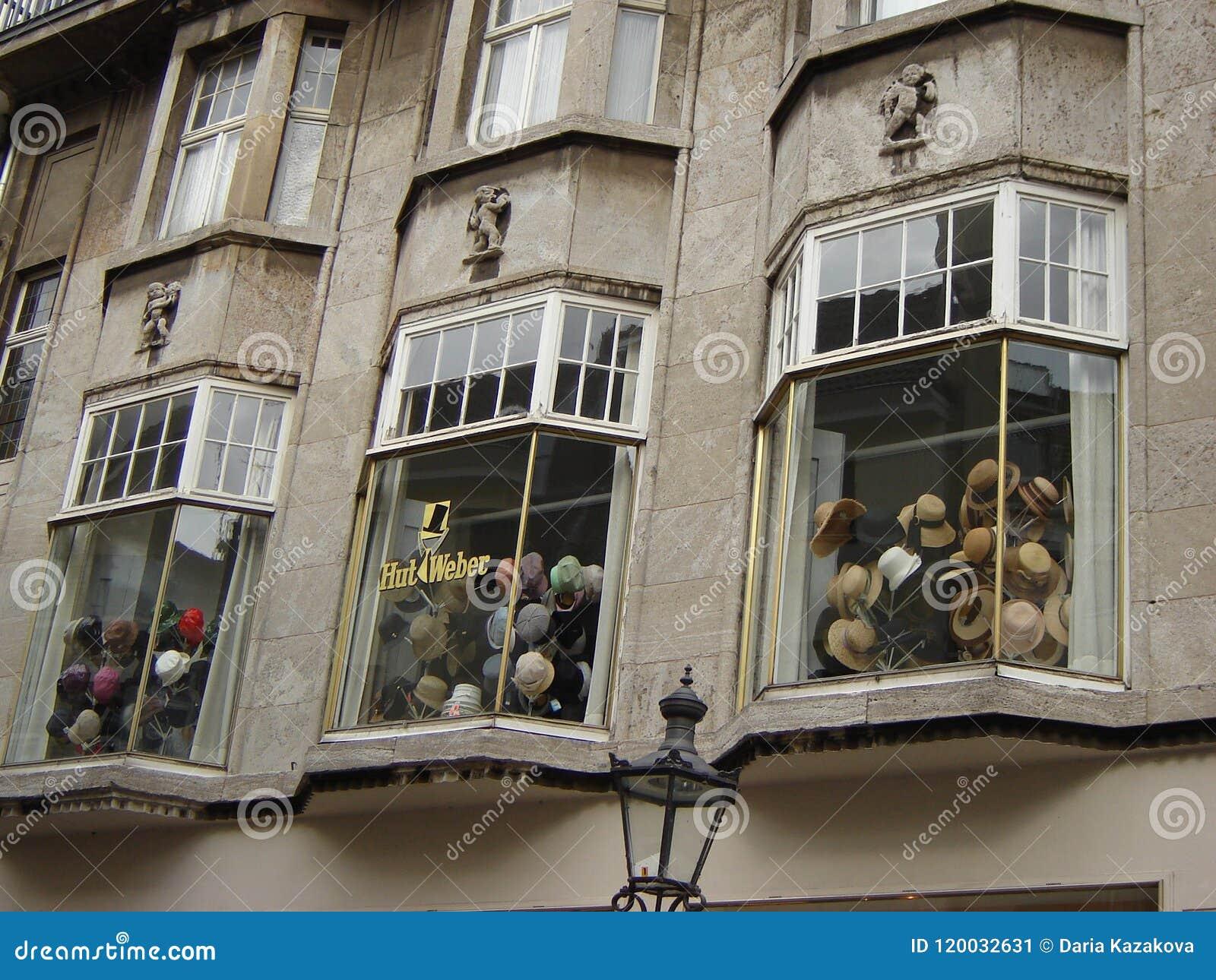 Kapelusze przechują w Bonn