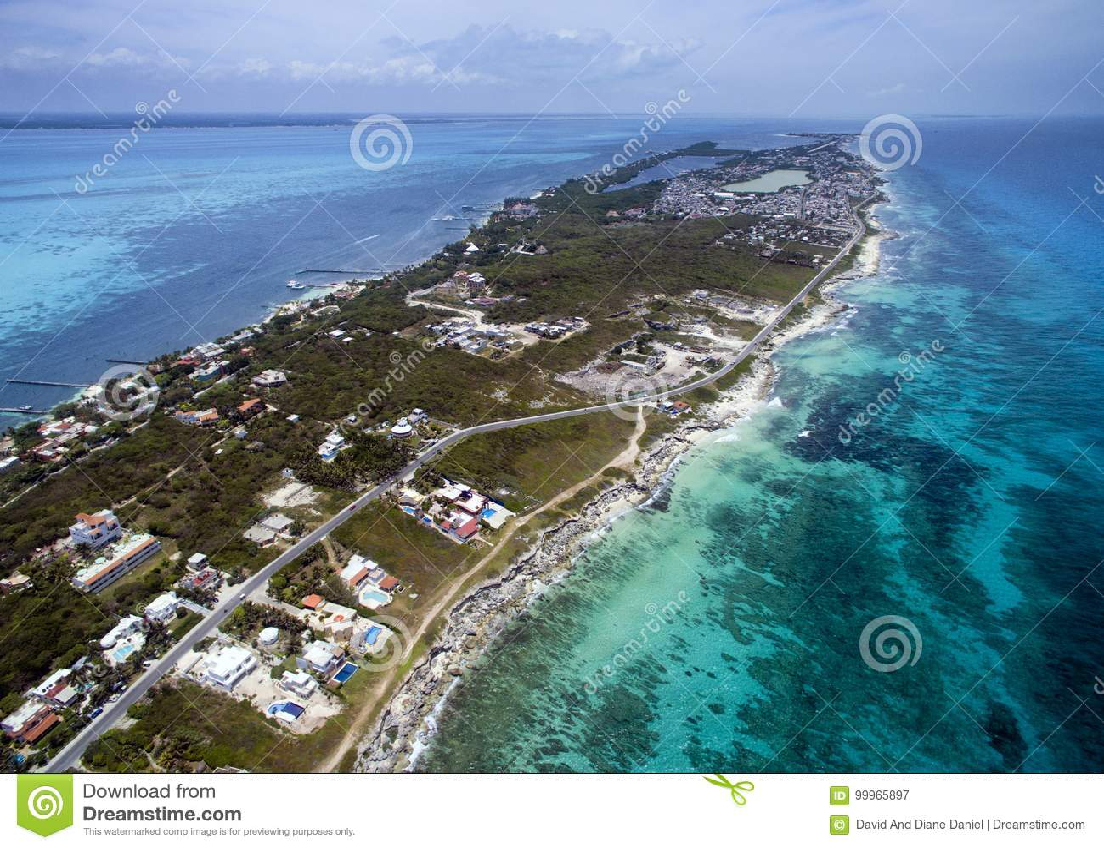 Karaiby strona Isla Mujeres - widok z lotu ptaka